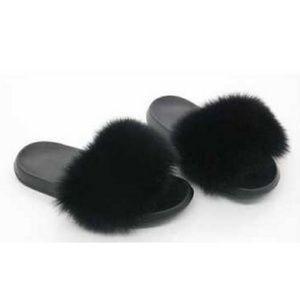 Women's Faux Fur Slide Sandals Black Shoes 5.5